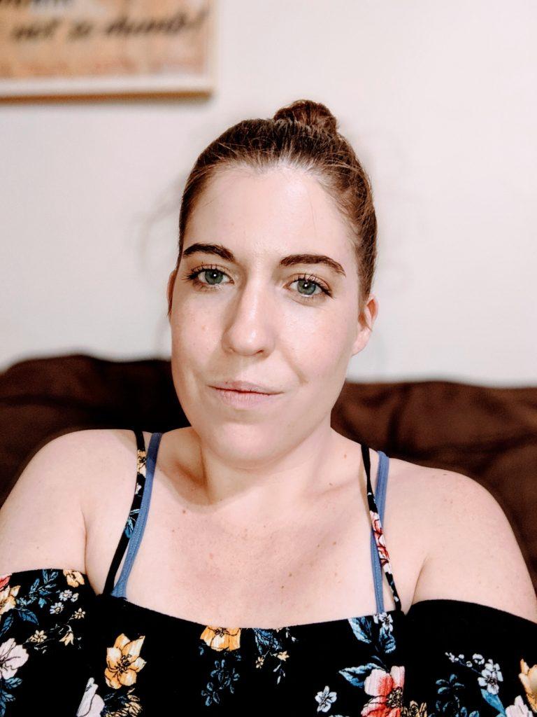 Megan wearing Wet n' Wild Photofocus foundation