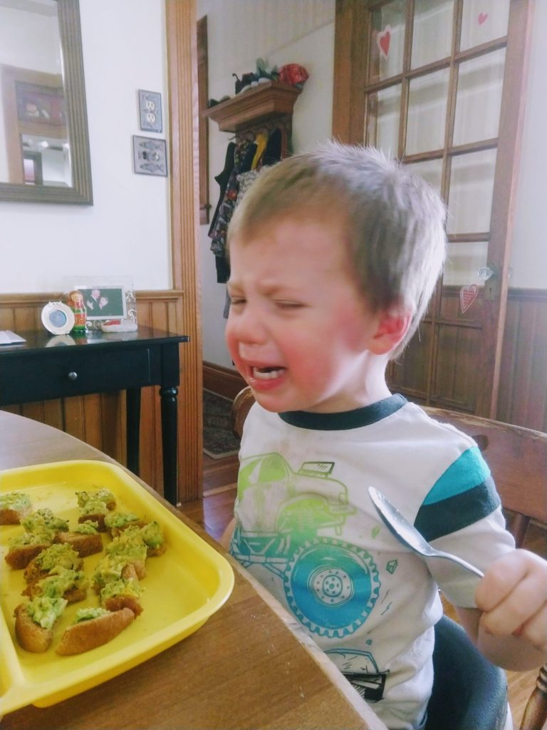 using non-reactive parenting to calm crying toddler