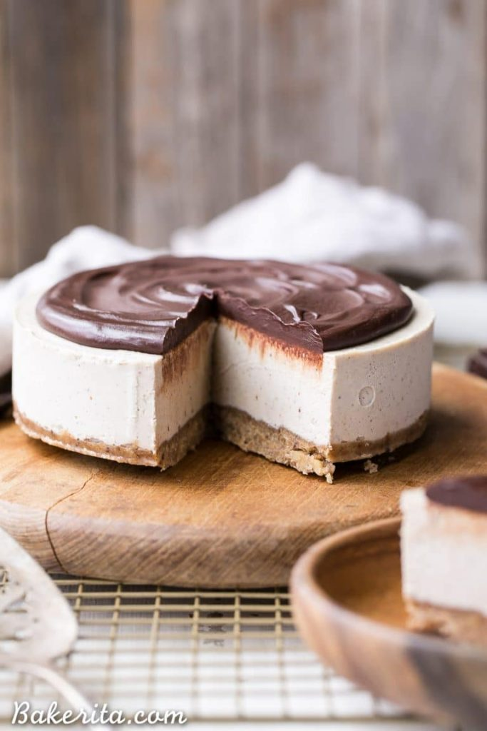 vegan vanilla bean cheesecake