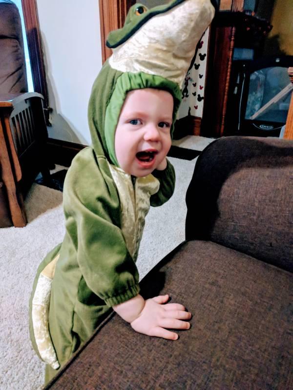 socially distanced halloween costume