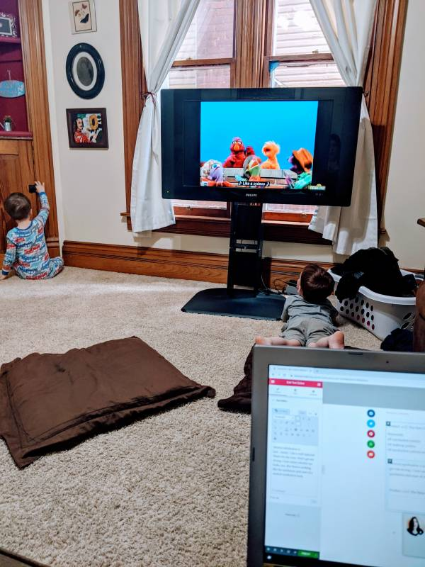 blogging with the TV on