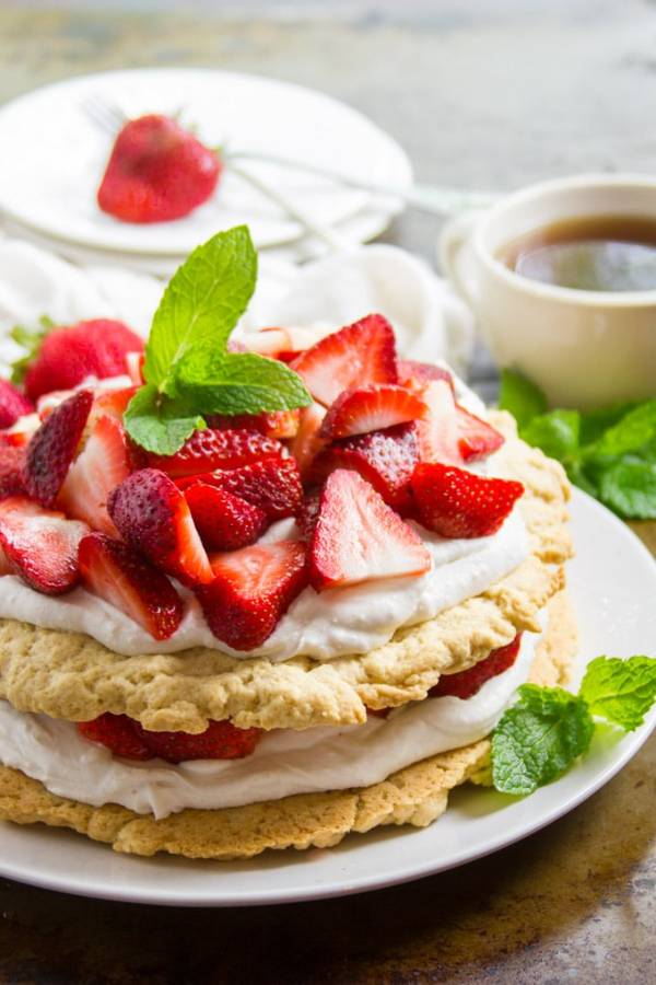 vegan Easter treat strawberry shortcake